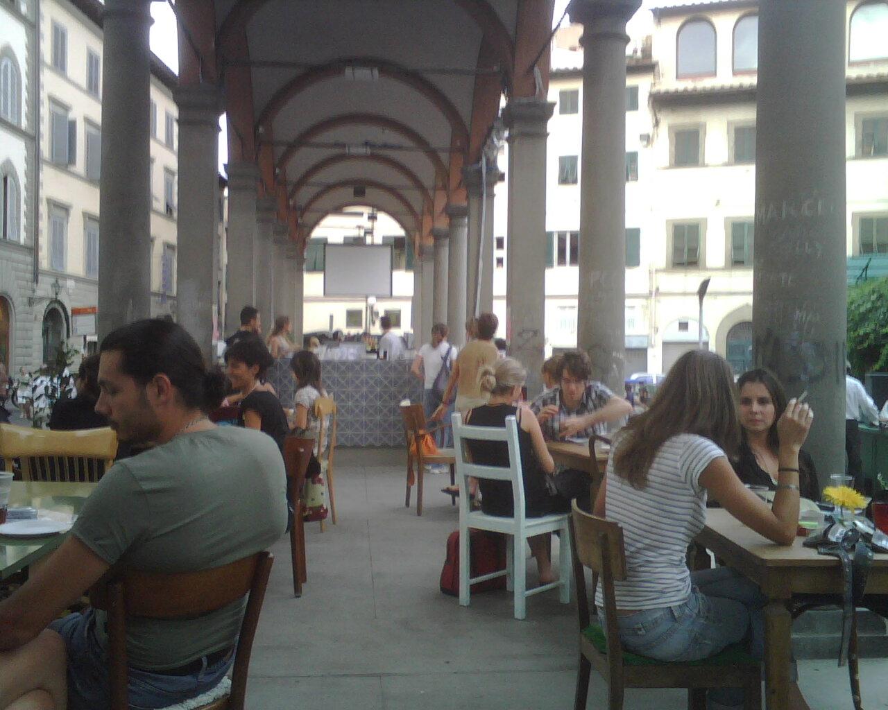 Loggia del Pesce become an open bar in springtime